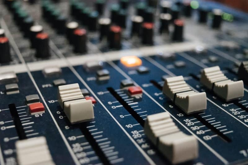 mix console faders