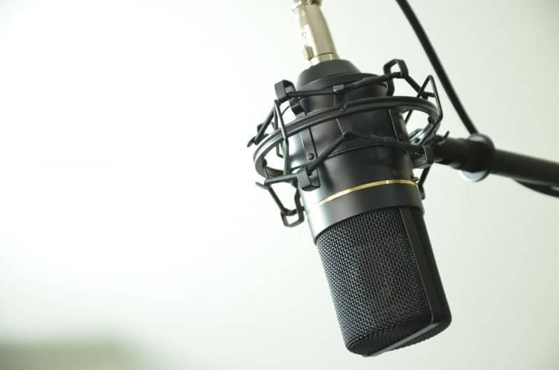microphone types - condenser microphone