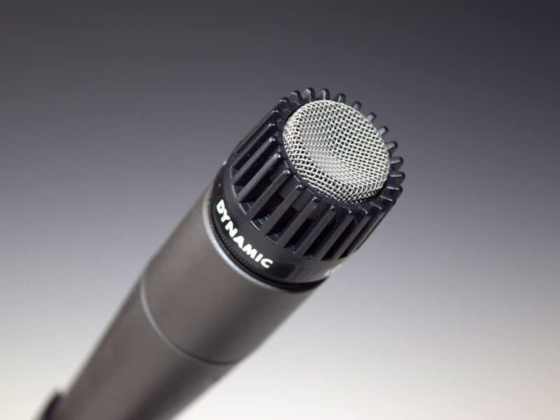 shure dynamic microphone