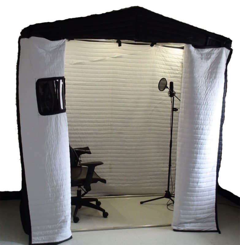 diy blanket booth