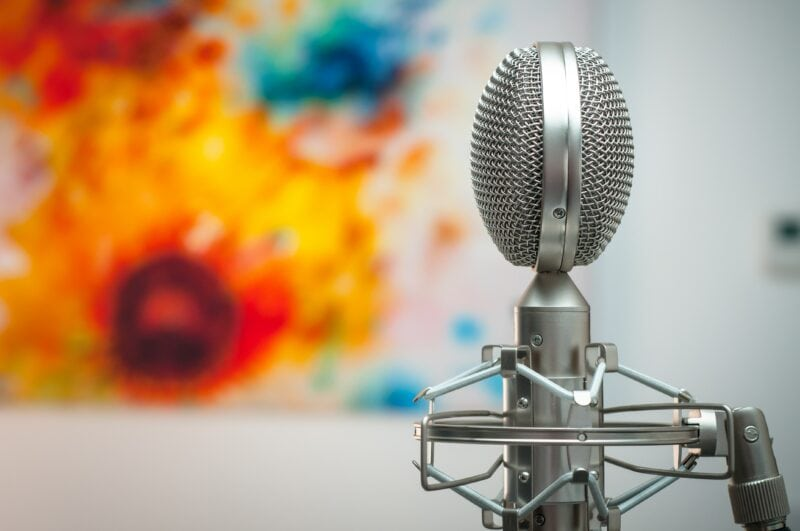ribbon microphone on a mic stand