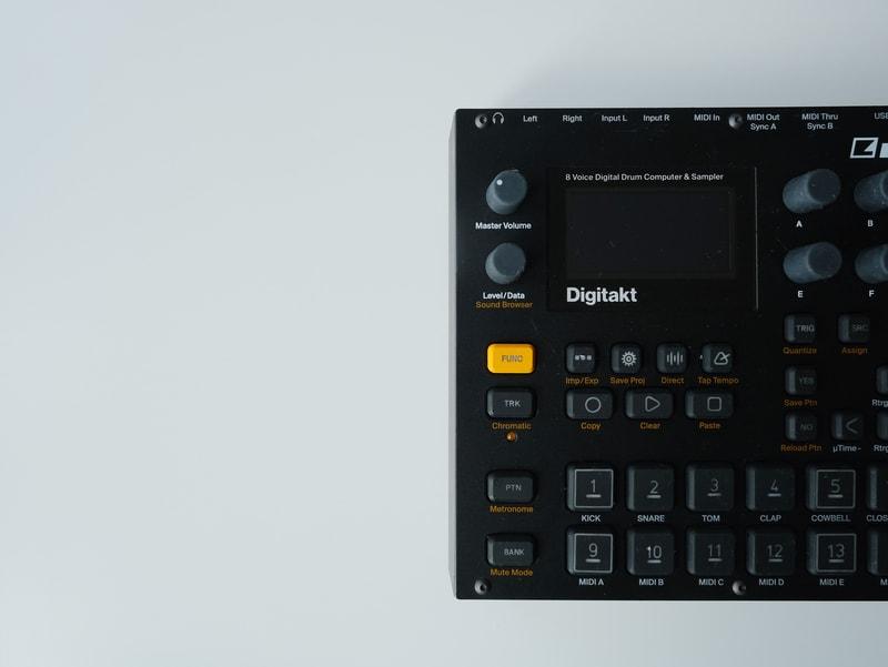 digitakt drum machine