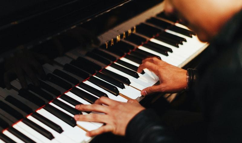 grand piano chords